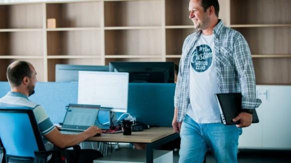 архитект на софтуерни решения От стажант до архитект на софтуерни решения или какво става, когато не те е страх да учиш А1 Блог