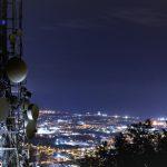 След години работа и подготовка, мобилните мрежи от пето поколение (5G) вече постепенно започват да правят своите първи стъпки в реалния свят. Пред 5G мрежите има огромни очаквания, но доколко на тях ще бъде отговорено?