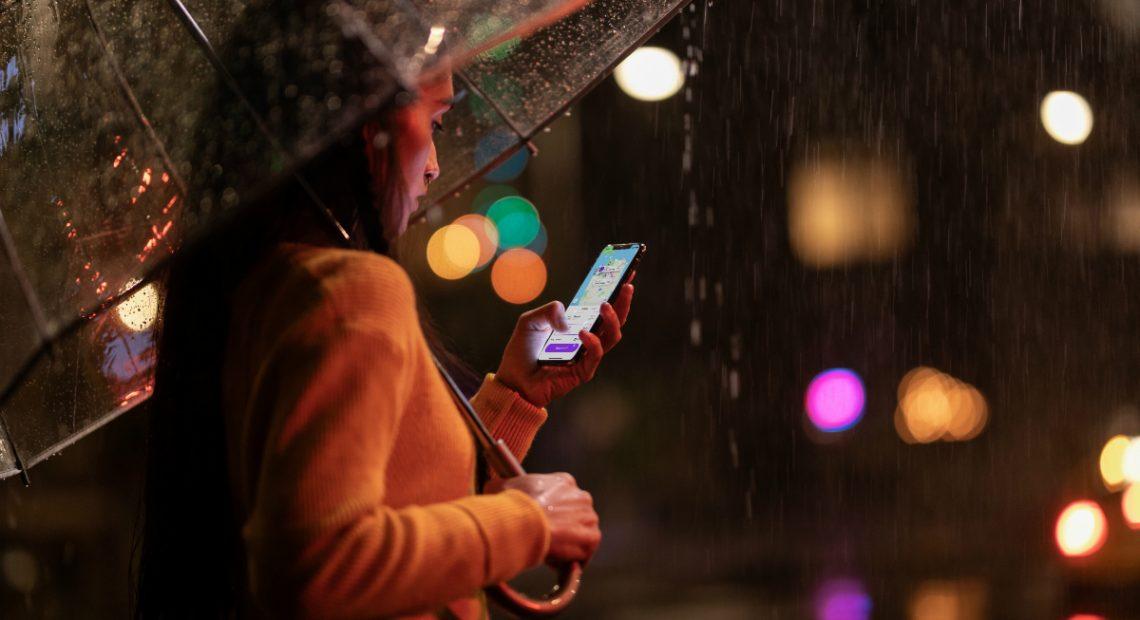 Apple спази традицията си да представя новото поколение на iPhone през втората седмица на септември. Това беше така и тази година, като този път компанията показа три нови модела на iPhone, както и четвъртото поколение на Apple Watch.
