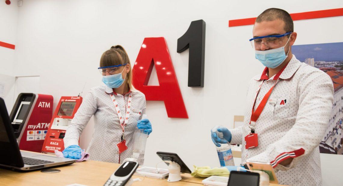 дезинфекция Дистанция и дезинфекция – новата мантра в магазините на А1 А1 Блог