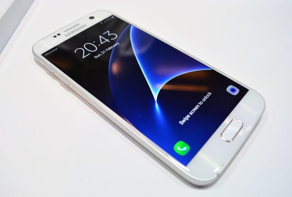galaxy s7 Samsung Galaxy S7 и S7 еdge са готови да се гмурнат под вода и във виртуалната реалност А1 Блог