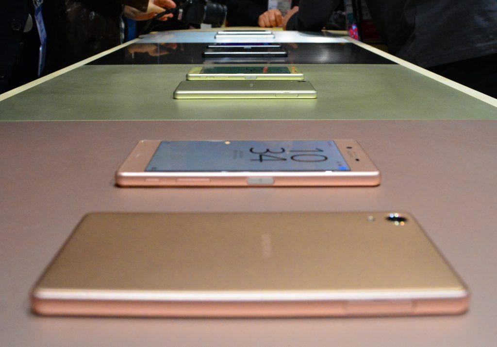 Xperia Xperia X е новата серия смартфони на Sony А1 Блог