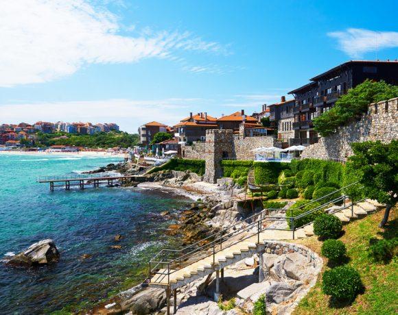 Приложения, които ни помагат да опознаем България