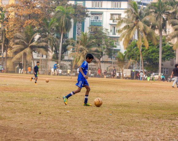 В какво се забърка Бербатов или най-важното за индийската Суперлига