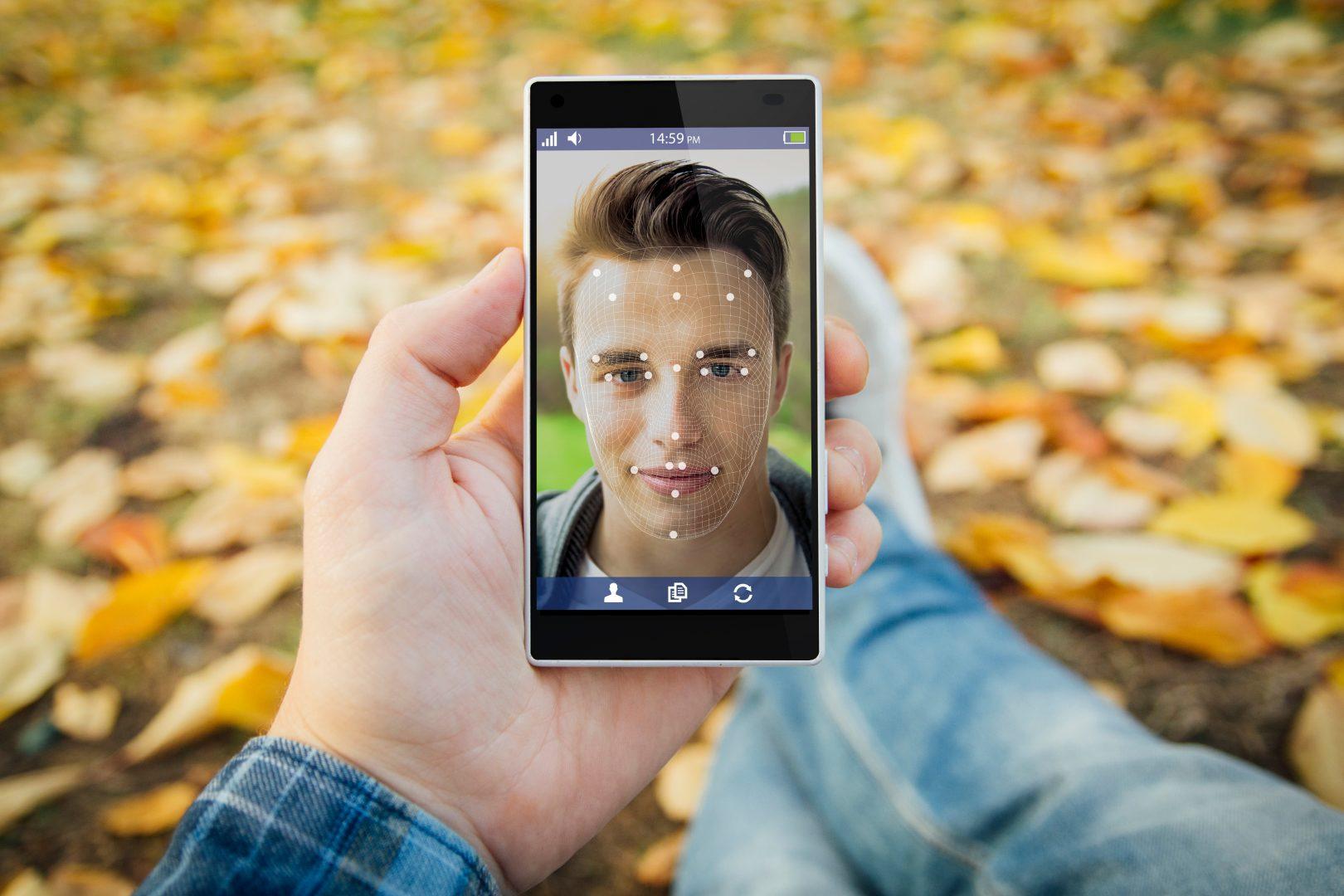 Смартфонът като постоянен партньор От скъпа играчка в постоянен партньор – как се променя връзката ни със смартфона А1 Блог