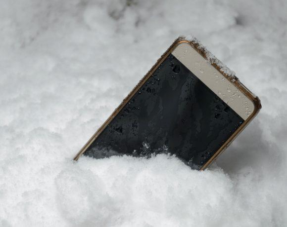 Как можем да намерим загубен или да изтрием откраднат смартфон с Android и устройство с iOS като вашия нов iPhone.