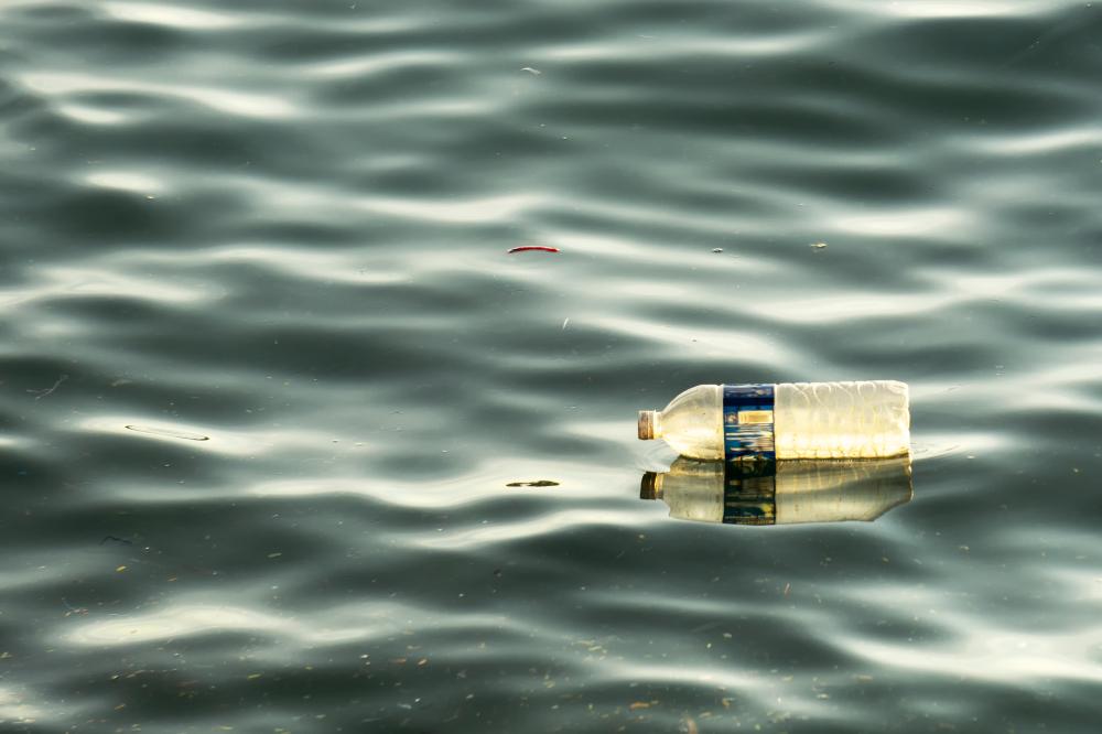 """пластмаса Как да спрем да """"плуваме в океан от пластмаса"""" А1 Блог"""