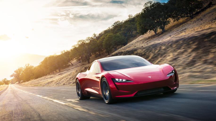 Tesla Tesla предизвиква автомобилния бранш с най-бързите кола и камион А1 Блог