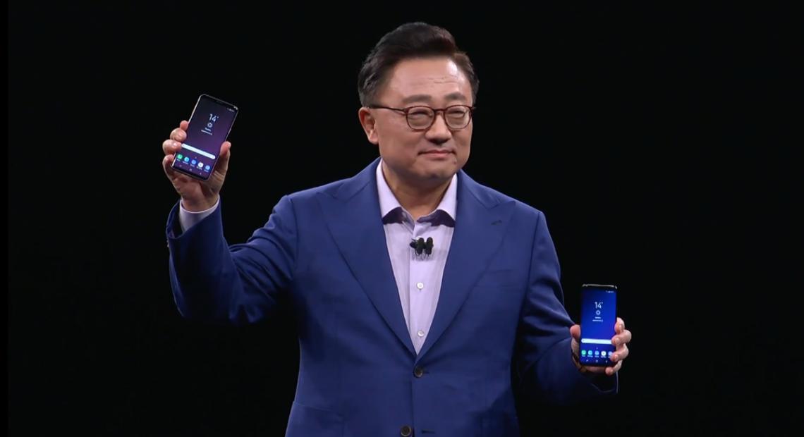 """Спиращи дъха професионални снимки и видео в съчетание с непробиваема комбинация от средства за сигурност – това е събрано в едно в новия Samsung Galaxy S9 и неговия по-голям """"брат"""" Galaxy S9+."""