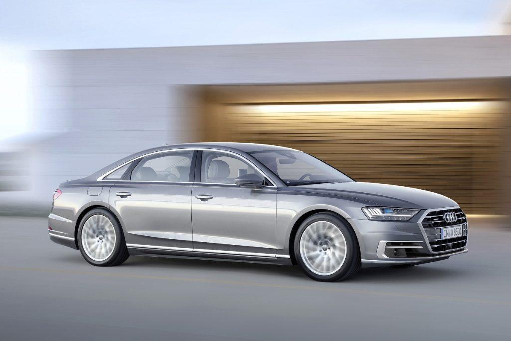 """автомобили Автомобилната индустрия изживява своя """"смартфон момент"""" А1 Блог"""