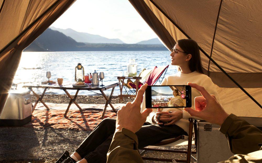 XZ2 ВИДЕОРЕВЮ: Sony Xperia XZ2 – дизайн и камера от друго измерение А1 Блог
