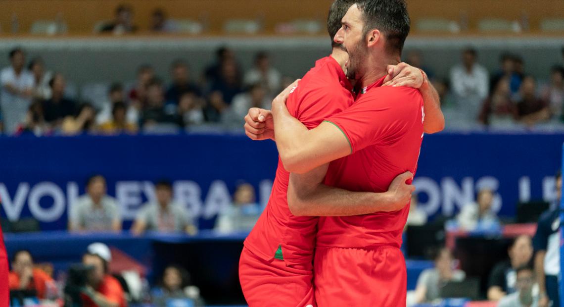 Какъв е форматът на новата волейболна Лига на нациите, на кои състезатели разчита България за добро представяне и къде може да се гледат мачовете на нашите национали.