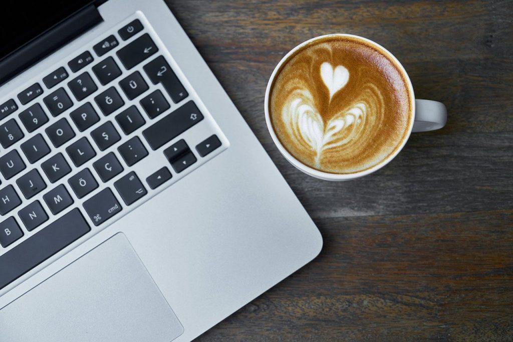 """офис Може ли """"домашният офис"""" да се превърне в норма А1 Блог"""