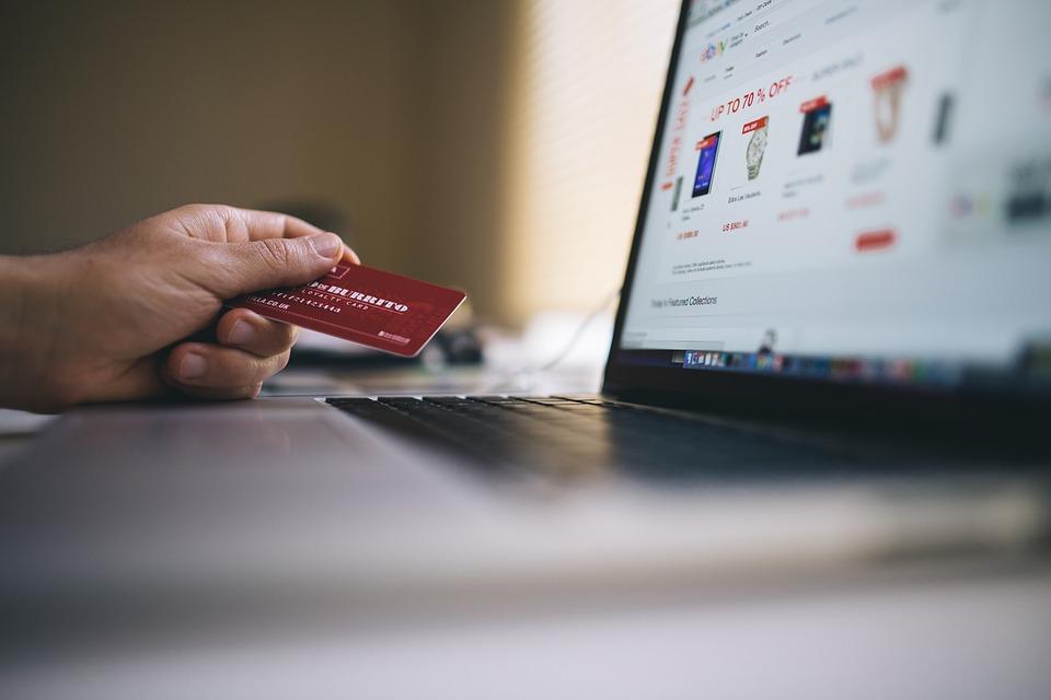 С карта или в брой С карта или в брой: за и против двата начина за плащане А1 Блог