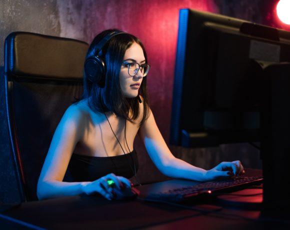 Макар гейминг пазарът да не може да се оплаче от липса на интерес, винаги може още. Затова не е изненада, че той гледа към следващия голям хит. А това несъмнено ще е т.нар. Cloud-Gaming. Това е семпла идея, която обаче може да преобрази сегмента на видеоигрите.