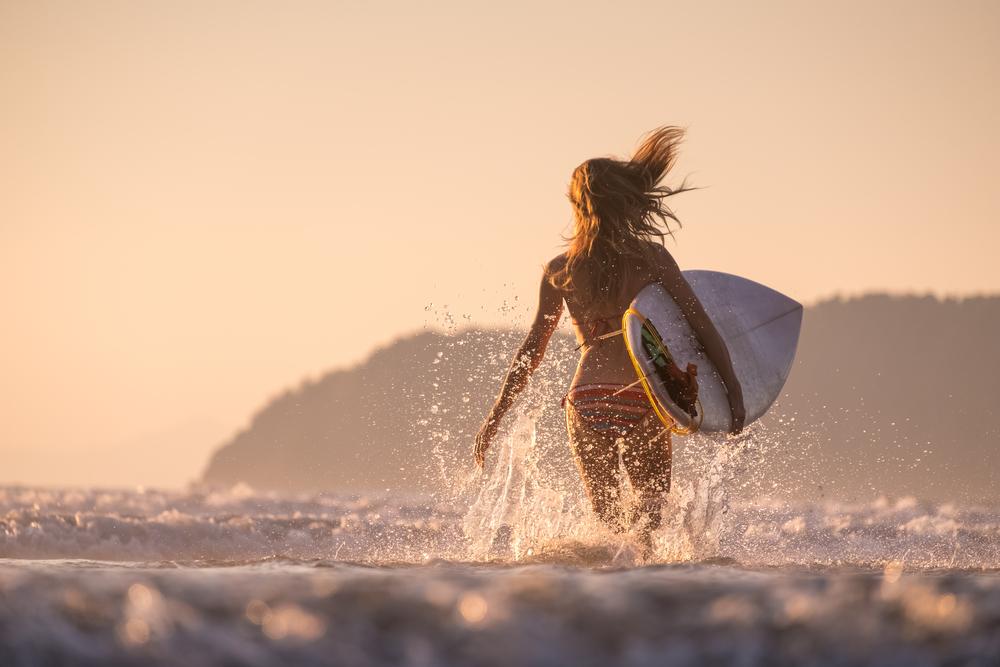 Хората казват, че вече не се снимат на плажа, защото всички снимки изглеждат еднакво. Плажът обаче носи неизброими възможности за чудни снимки. Ето няколко идеи как да направим хубави летни фотоси на брега, без да изглеждат еднакви и досадни.