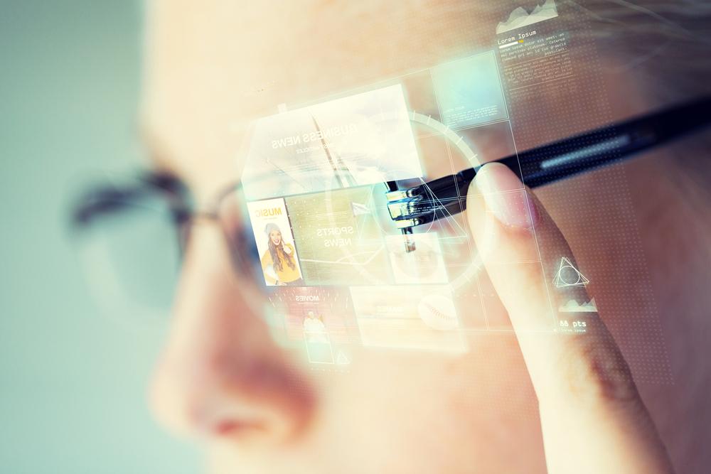 Възможно ли е умните очила да бъдат новата най-голяма технологична страст на хората, която дори да измести по популярност смартфоните. Вижте отговорите в блога на А1.