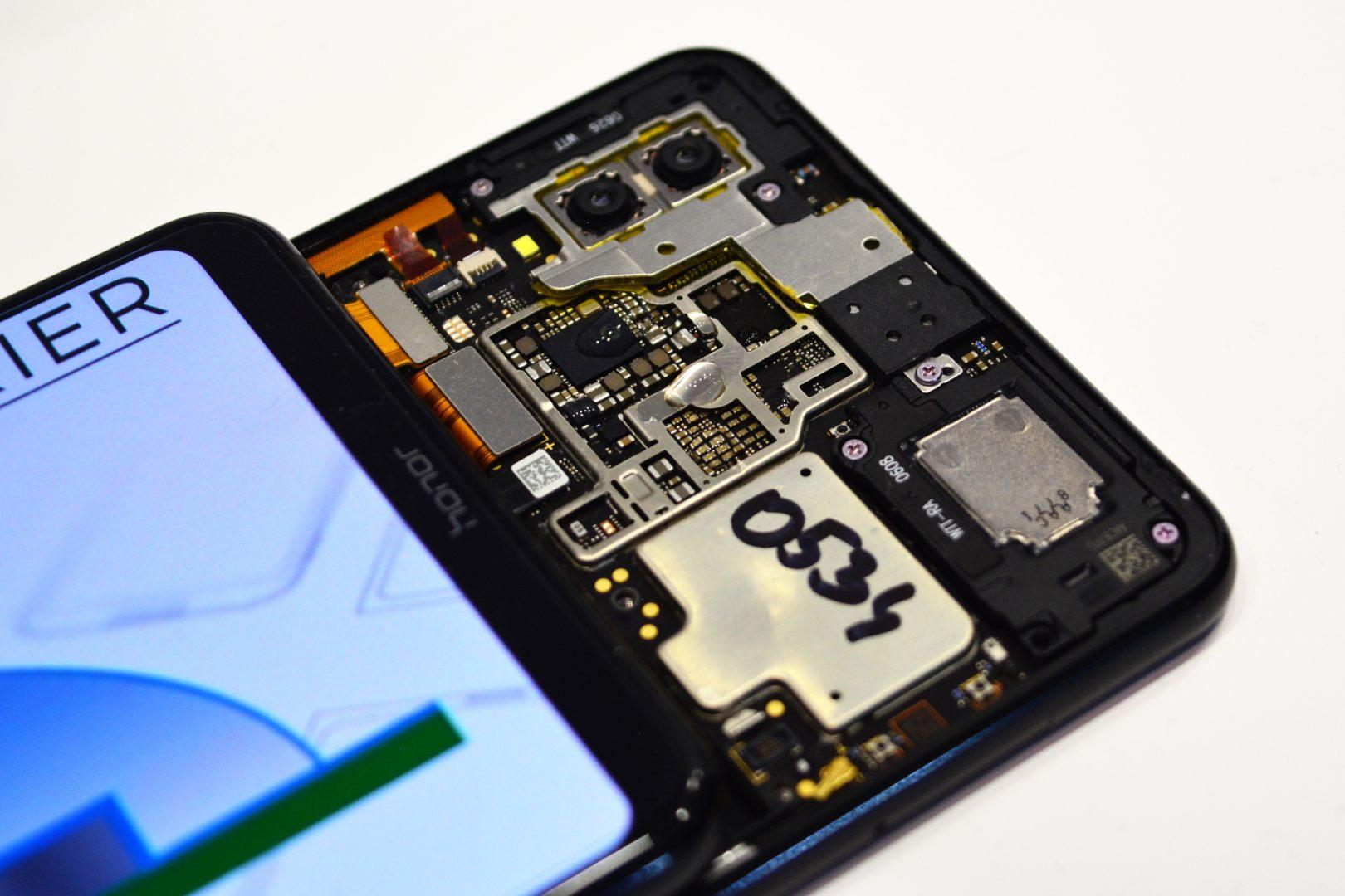 смартфоните Не опитвайте това вкъщи със своя смартфон (видео) А1 Блог